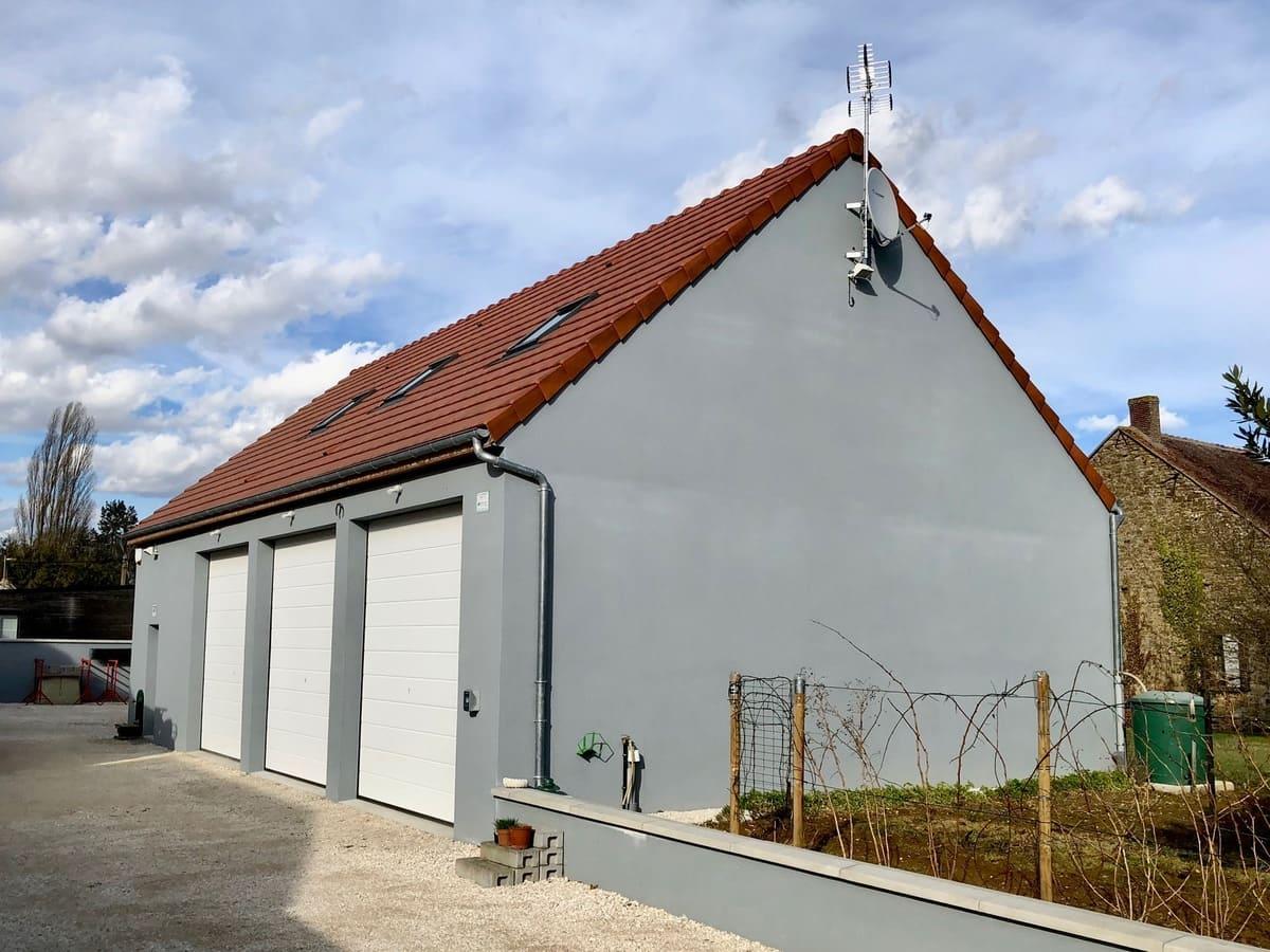 maison 3 garages